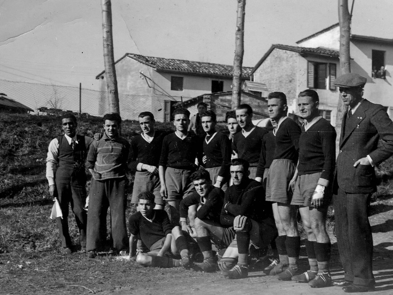 La squadra della Reggiana a Carpi Fototeca Biblioteca Panizzi, Carpi 1933