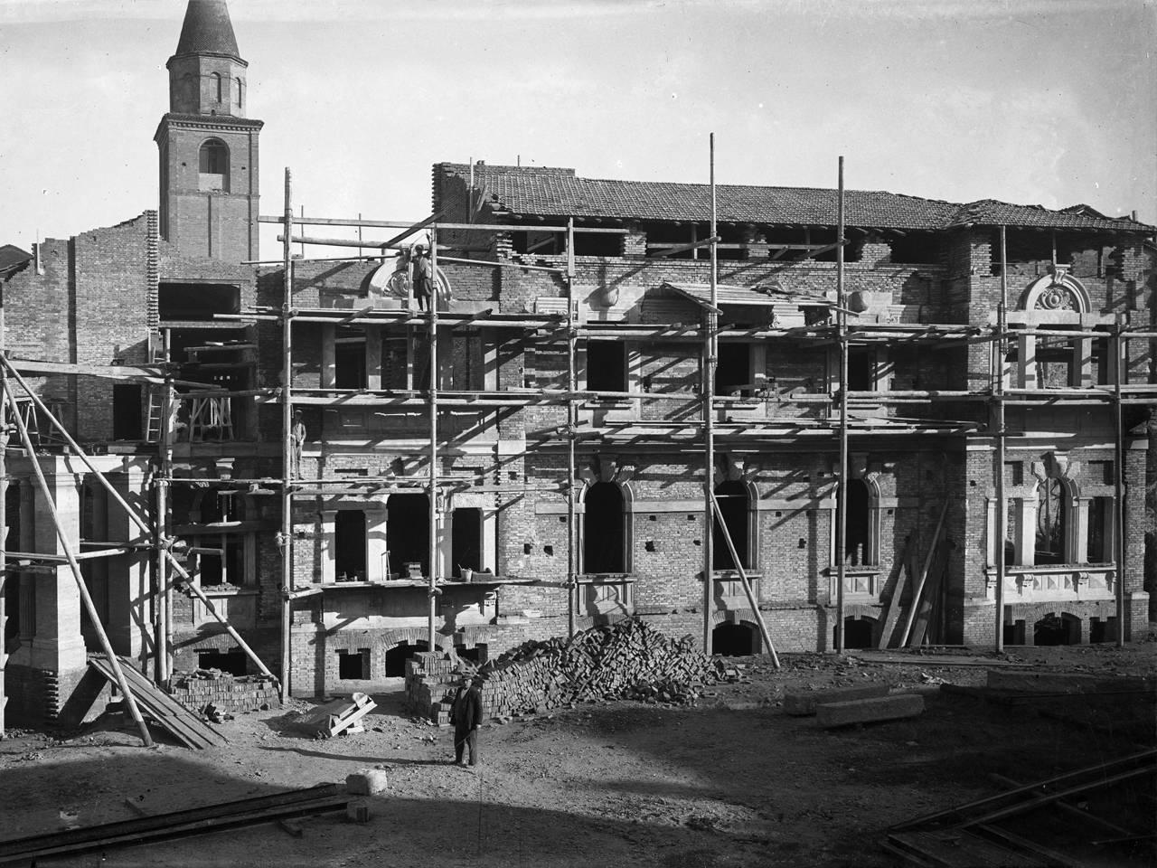 casa mutilato costruzione retro