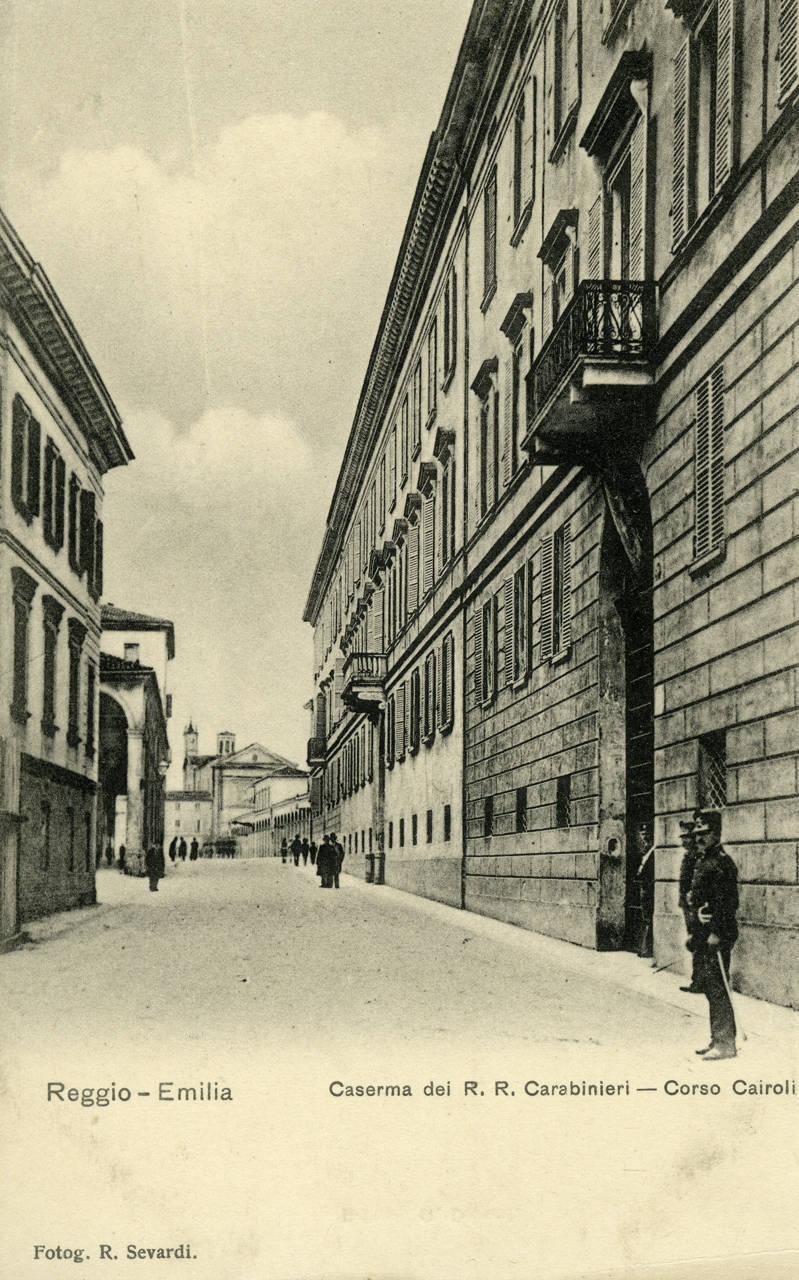 caserma carabinieri corso cairoli