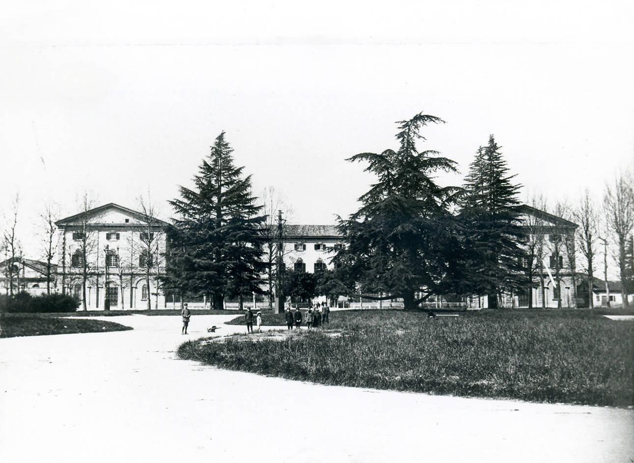 Caserma Zucchi Reggio Emilia - Ex foro Boario