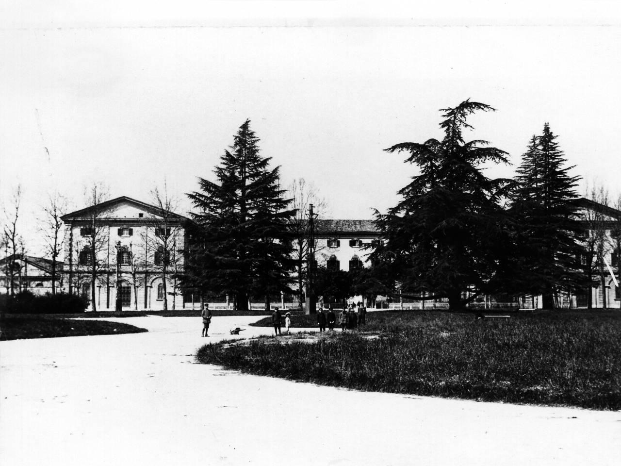 Caserma Generale Zucchi Reggio Emilia