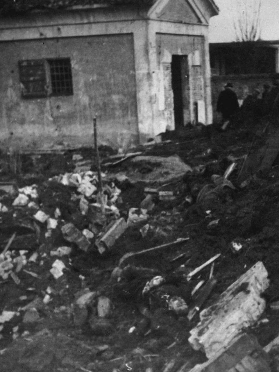 cimitero ospizio bombardato