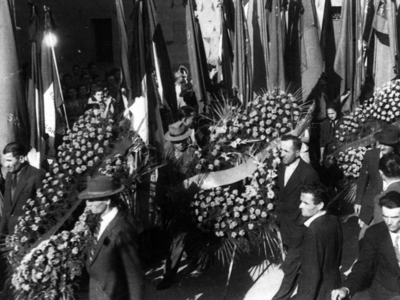 corteo funerali sante mussini