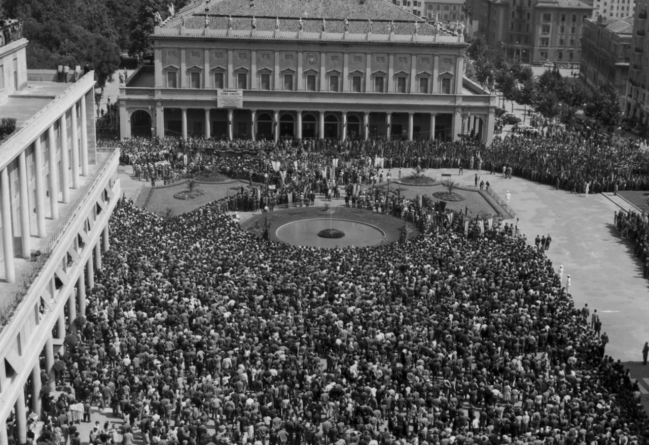 funerali vittime 9 luglio 60