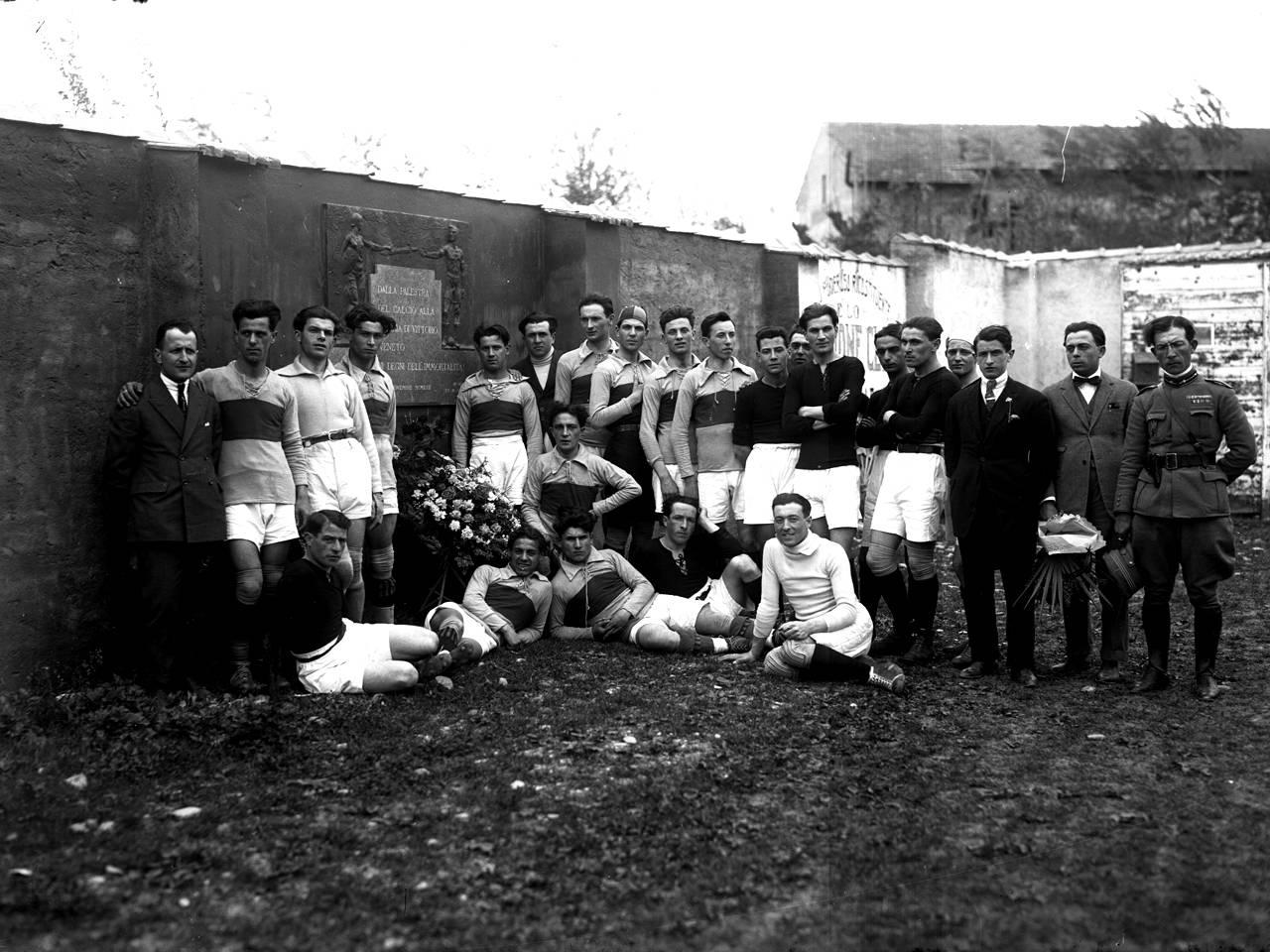 inaugurazione lapide caduti 1922
