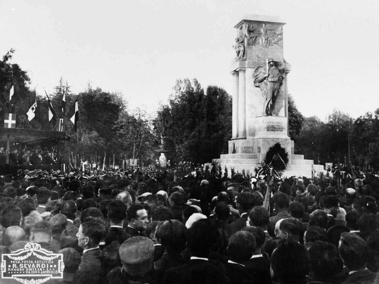 inaugurazione monumento caduti