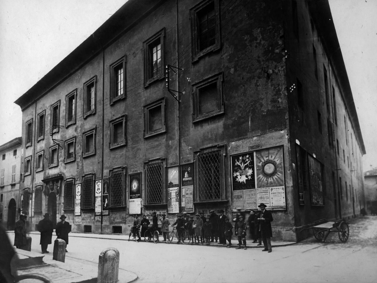 """liceo classico """"l. spallanzani"""", oggi biblioteca municipale """"A. Panizzi"""""""