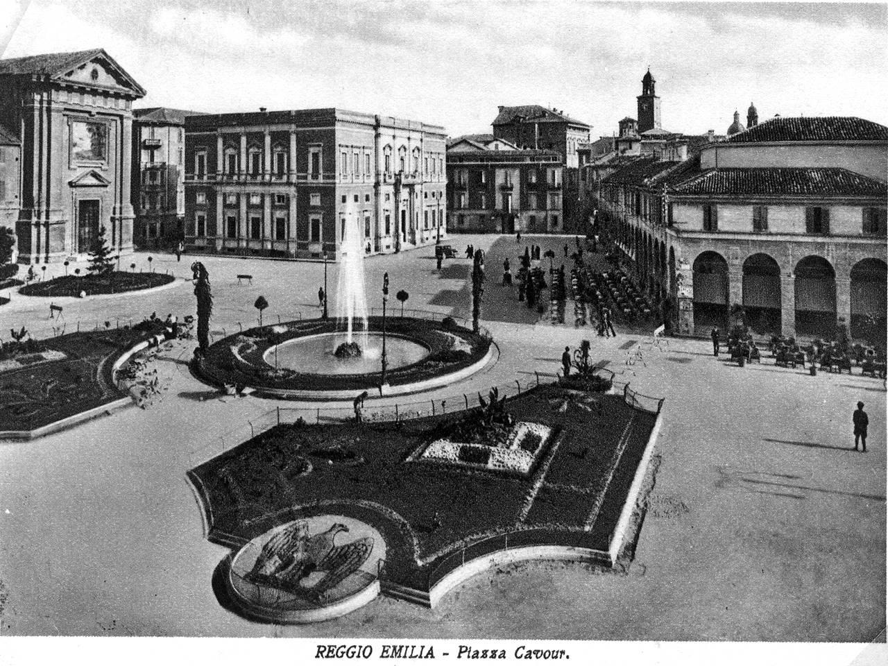 Piazza Cavour - Reggio Emilia - Oggi Piazza Martiri 7 Luglio