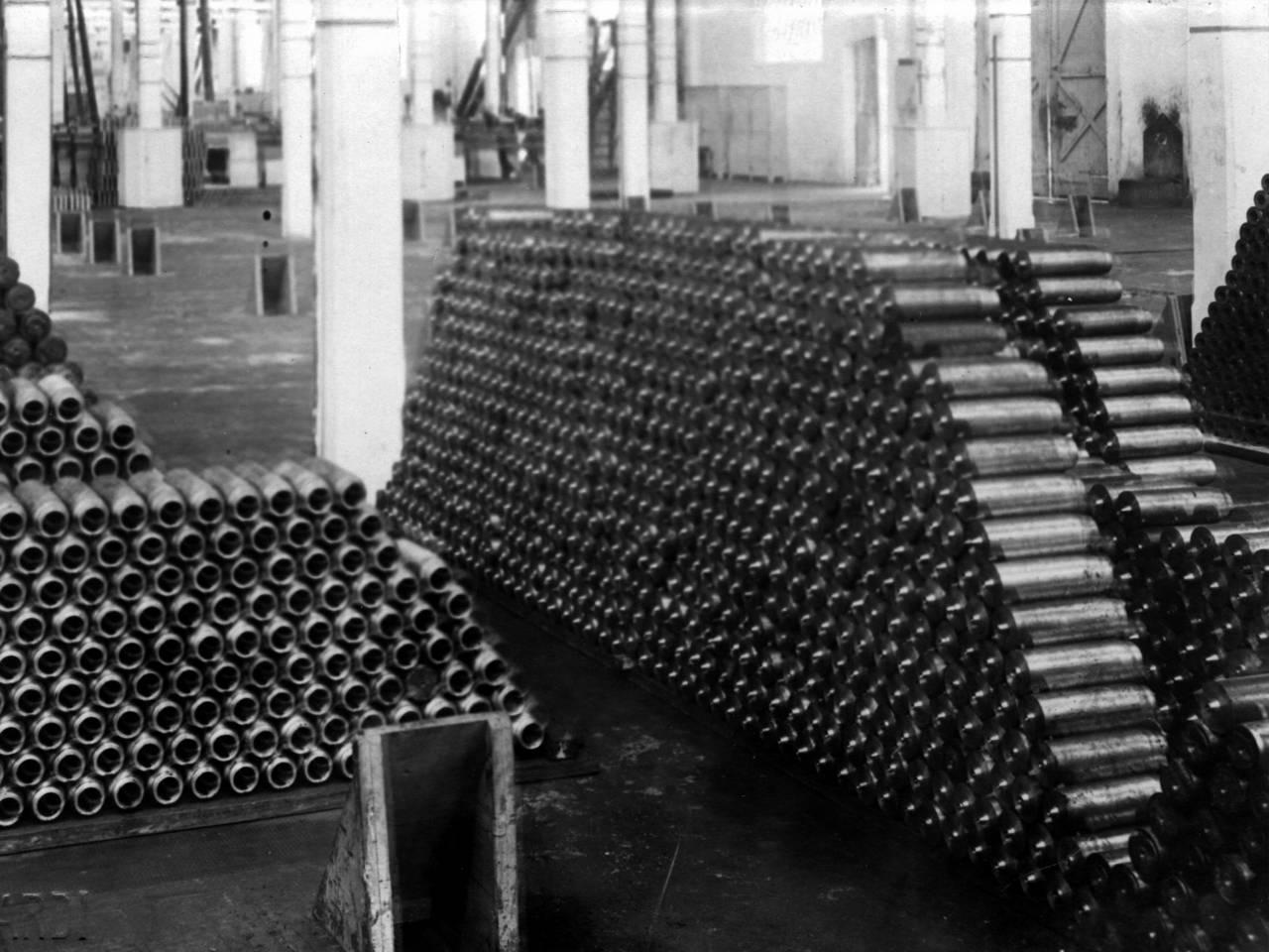 fabbricazione proiettili, officine meccaniche reggiane