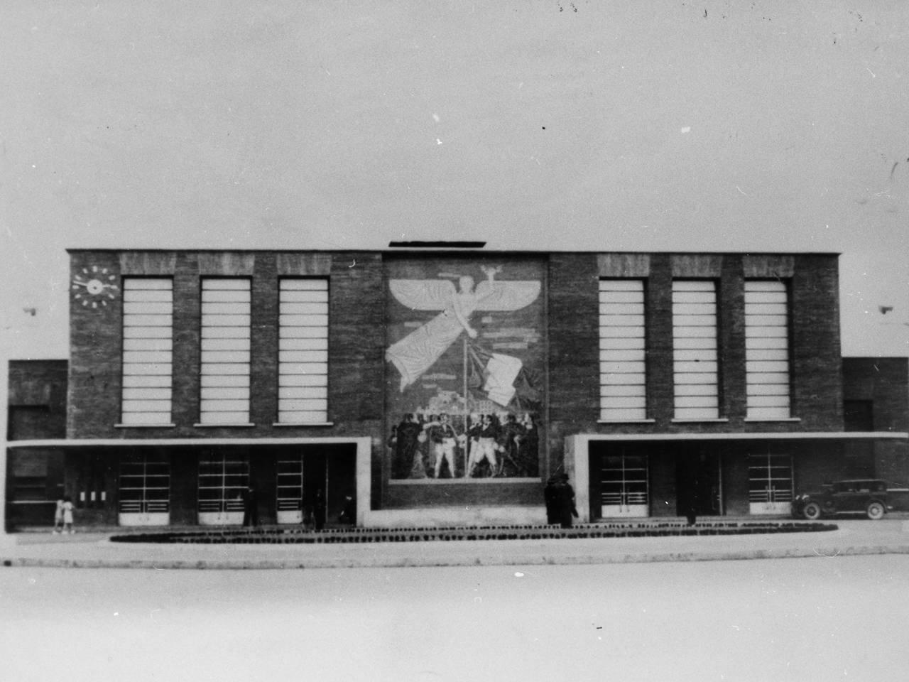 stazione prima del bombardamento