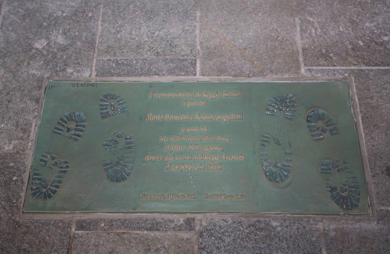 targa commemorativa di mario baricchi e fermo angioletti