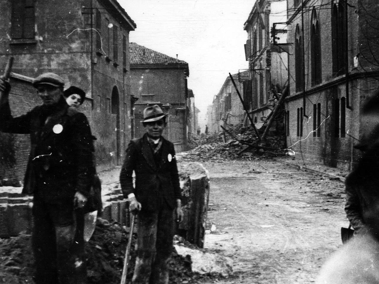 Bombardamento in Via Dante a Reggio Emilia - Prima Guerra Mondiale